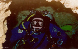 Cave Scuba Diving using Twin Cylinders in Peacock Springs , Florida