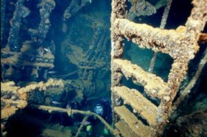 Scuba Diving in the Kensho maru engine room